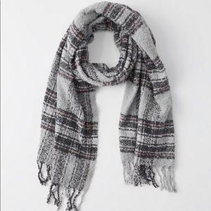 NWT Abercrombie Blanket Scarf